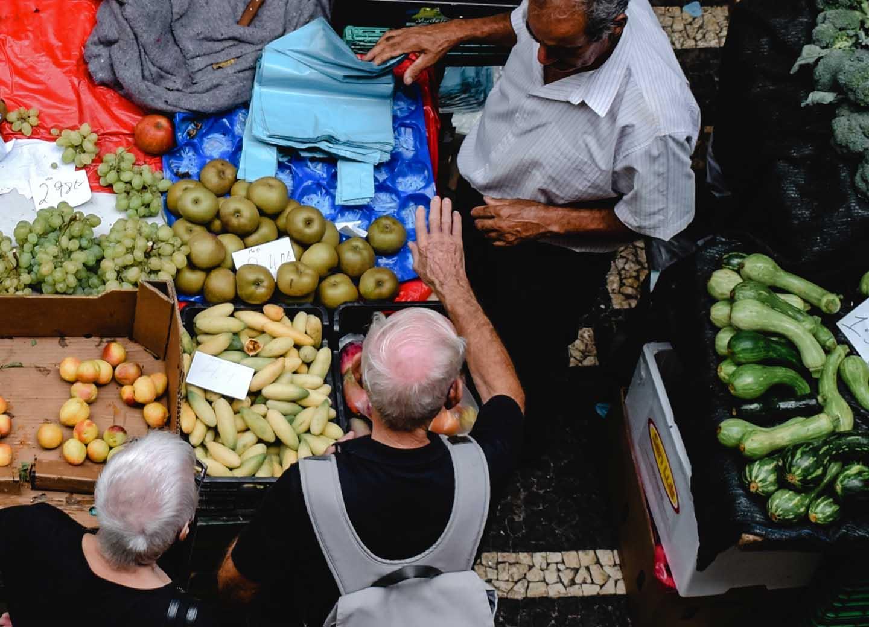 Frische Produkte am Markt -  Photo by Eva Elijas from Pexels